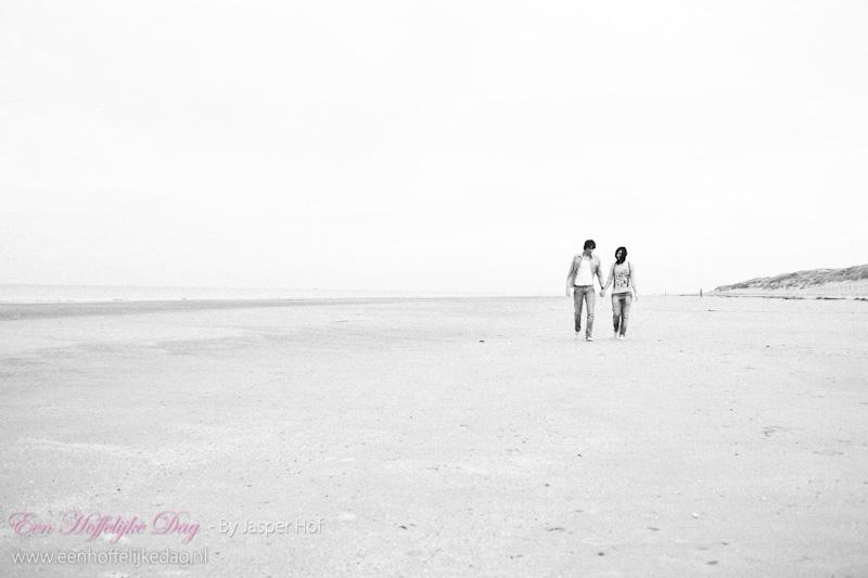 Loveshoot | Fotoshoot strand Ouddorp Jasper Hof