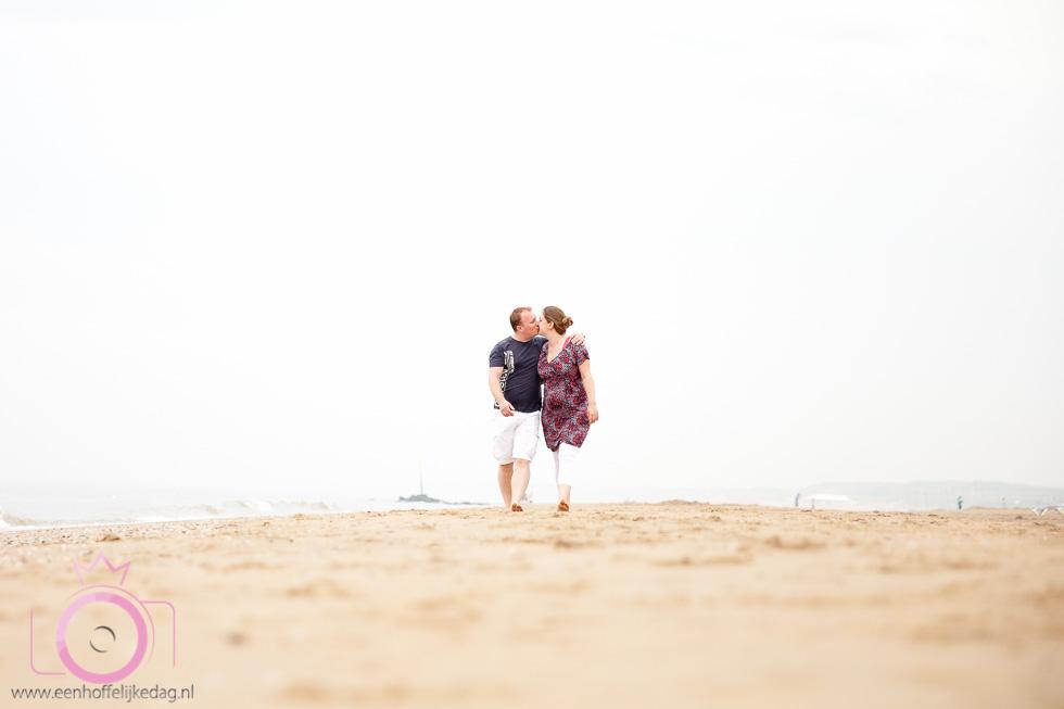 Zwangerschapsfotoshoot Scheveningen Loveshoot (1)