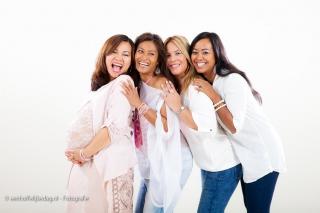 Vriendinnen fotoshoot voor zwangere vriendin (25)